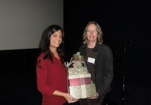 Feedback prize winner Ms Marta Camprubí-Rimblas (Fundació Parc Taulí, Barcelona, Spain) and Professor Alison M McDermott (The Ocular Surface Institute (TOSI), University of Houston, College of Optometry, TX, USA)